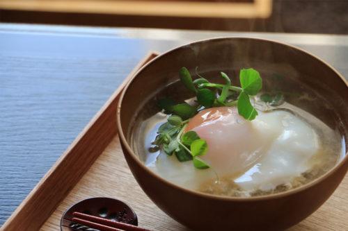 ふわトロ温泉卵のお味噌汁